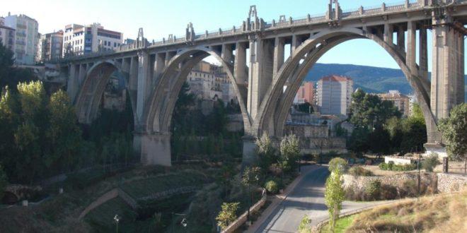 Guanyar pide informes sobre la carbonatación del Puente de San Jorge