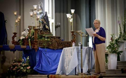 Pepa Botella anima con su pregón a participar en la Romería