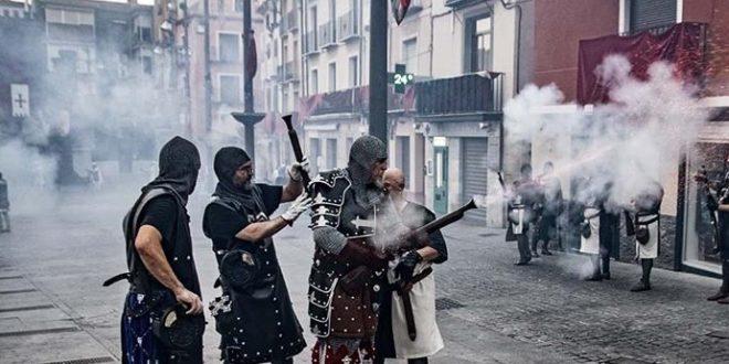La UNDEF logra una bajada de 12 euros en el precio de la pólvora